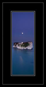 handfast tall moon